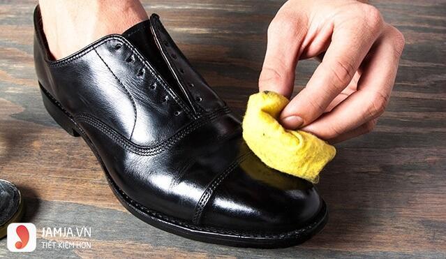 dưỡng ẩm giày da thật, giày da nam FTT leather